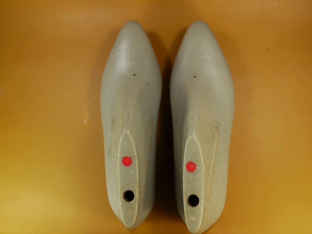レディースラスト・ポインテッドトゥ・全面鉄板入り・23.0cmのみ